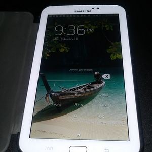 Samsung Galaxy Tab 3 and Protective Case